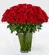 Bouquet de roses Breathless Luxury - 100 roses de premi�re qualit� � tiges de 24 pouces - VASE INCLUS