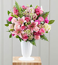 The FTD ® Never-Ending Love™ Arrangement