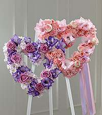 The FTD ® Hearts Eternal™ Easel