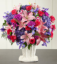 The FTD ® We Fondly Remember™ Arrangement