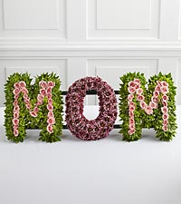 The FTD&reg; Remembering Mom&trade; Arrangement