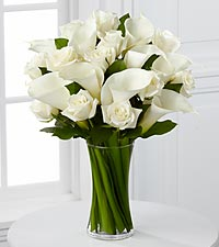The FTD ® Sweet Solace™ Bouquet