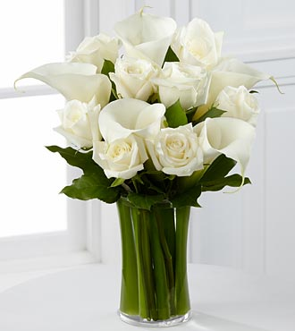 The FTD&reg; Sweet Solace&trade; Bouquet