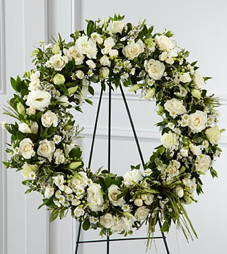 The FTD&reg; Splendor&trade; Wreath