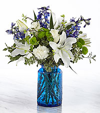The FTD ® In The Clouds Above ™ Bouquet- VASE INCLUDED
