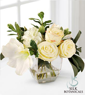 Jane Seymour Silk Botanicals Ivory Mixed Bouquet in Glass Vase