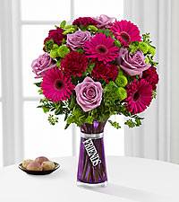 The FTD ® Friends Bouquet - VASE INCLUDED