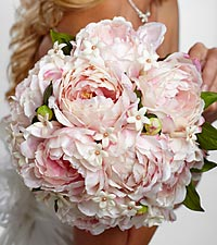 The FTD ® Serene Highness™ Bouquet