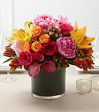 The FTD ® Color Mix™ Arrangement