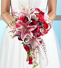 The FTD ® Lily & Rose Bouquet