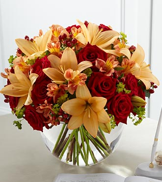The FTD&reg; Lily & Rose Arrangement