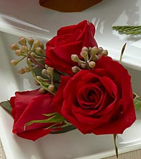 The FTD&reg; Red Spray Rose Boutonniere