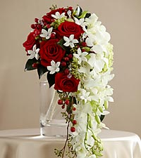 The FTD ® Here Comes the Bride™ Bouquet