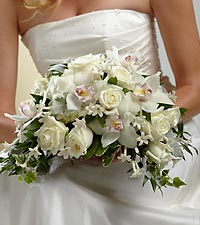 The FTD&reg; White on White&trade; Bouquet