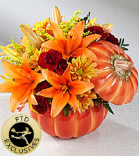 The FTD ® Bountiful™ Bouquet