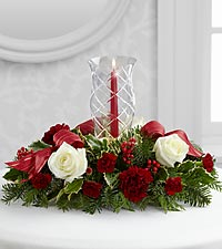 The FTD® Holiday Wishes™ Centerpiece