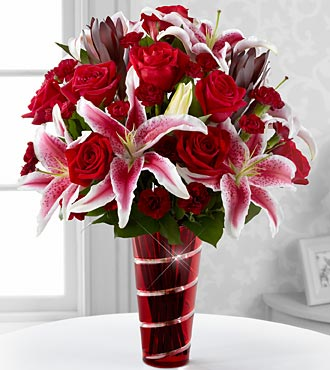The Lasting Romance® Bouquet by FTD® - VASE INCLUDED