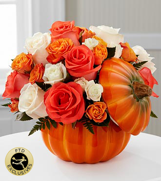 The FTD® Bountiful™ Rose Bouquet