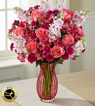 The FTD� Timeless Elegance� Bouquet