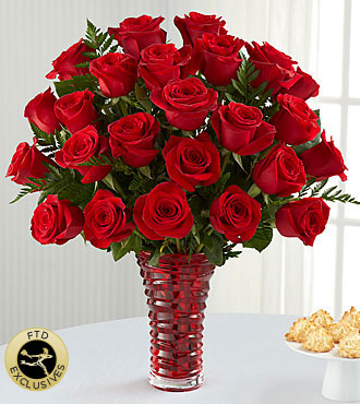 The FTD� In Love with Red Roses�