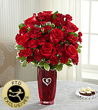 The FTD® Sweethearts® Bouquet  VASE INCLUDED