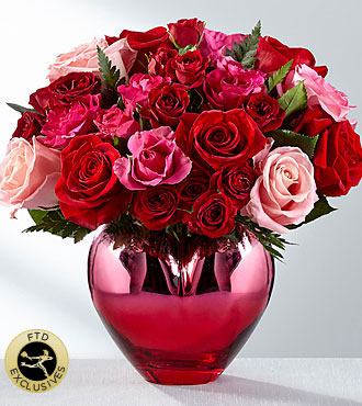 The FTD® Hold Me in Your Heart to Yours™ Rose Bouquet