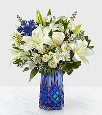 Winter Bliss™ Bouquet