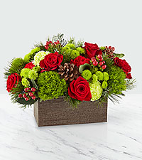 The FTD ® Christmas Cabin Bouquet – Deluxe