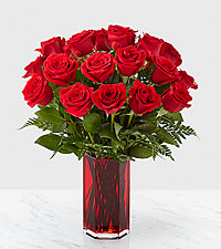 True Romantic Red Rose ™ Bouquet
