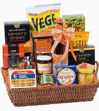 Gourmet Gift Basket with Red Wine