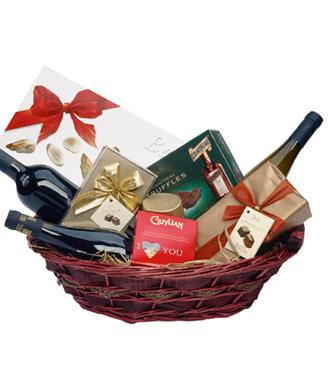 Panier de chocolats et de vin