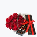 15 Red Roses With Confectionery, Gift Wrapped