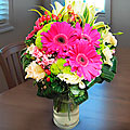 Arrangement in Vase Pinks