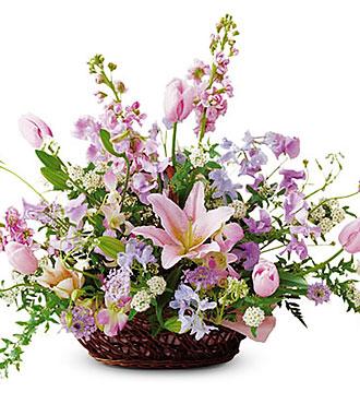 Seasonal Arrangement (Pink)