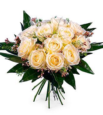 12 Short-stemmed White Roses
