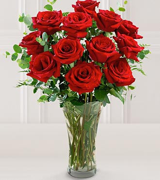 The FTD®  Premium Long Stemmed Rose Bouquet