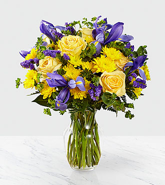 The FTD® Cottage View™ Bouquet- VASE INCLUDED