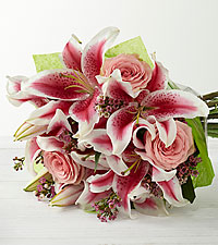 The FTD® Simple Perfection™ Bouquet by Better Homes and Gardens® - Hand-Tied