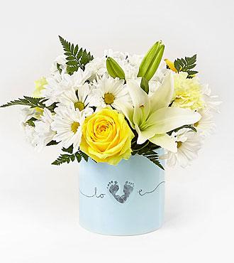 Le bouquet pour garçon nouveau-né Tiny Miracle™ de FTD® - VASE INCLUS