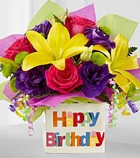 Le bouquet Joyeux anniversaire de FTD® - VASE INCLUS