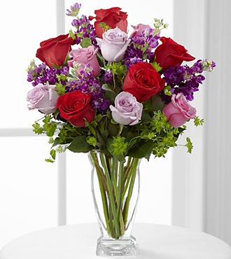 Le bouquet Garden Walk<sup>&trade;</sup> de FTD® - VASE INCLUS