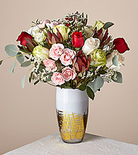 Deluxe Gingersnap Bouquet with Gold Vase