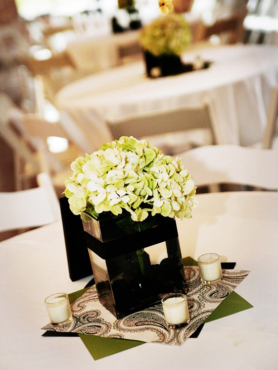 Wedding centerpiece inspiration and ideas ftd for Wedding dress vase centerpiece