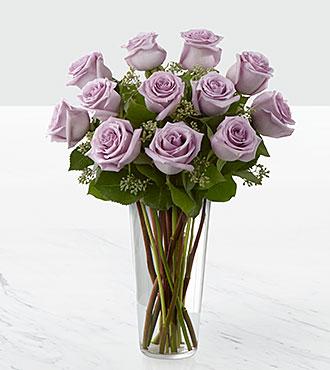 Le bouquet de roses et lavande de FTD® - VASE INCLUS