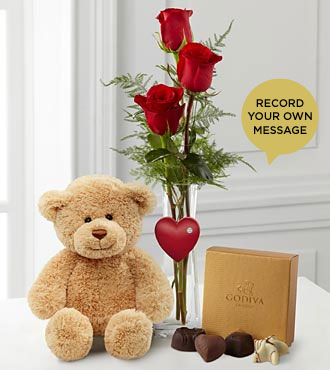 The FTD® Valentine Hugs 'Say It Your Way® Bouquet