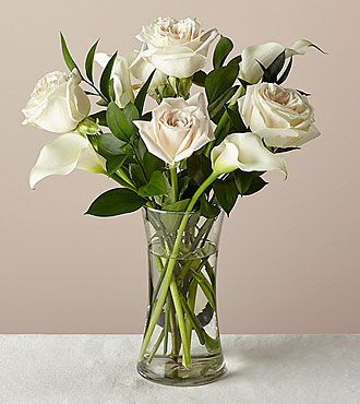 6 Stem Vision in Ivory Rose and Calla Lily Bouquet