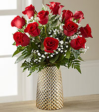 Heart of Gold Rose Bouquet -12 Stems - VASE INCLUDED