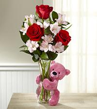 Hug Me Tender Valentine's Day Bouquet - VASE & BEAR INCLUDED