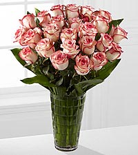 Elite™ Surprises Rose Bouquet -18-inch Roses