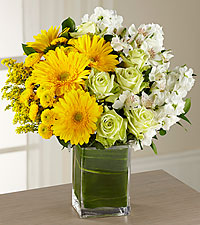 The Runway Ready Perfect Pose Bouquet - VASE INCLUDED